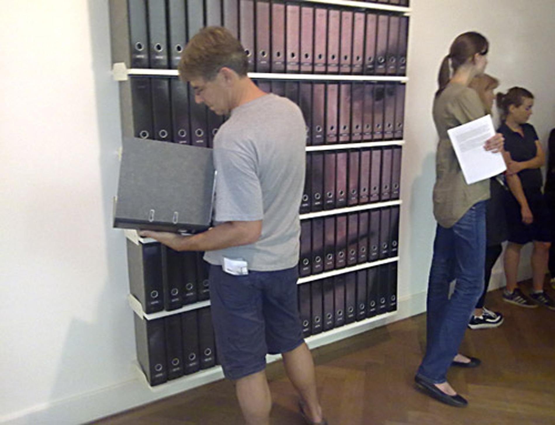 """Michael Göbel - Gruppenausstellung """"Trautes Heim - Glück allein"""" - Nassauischer Kunstverein Wiesbaden, 2011"""